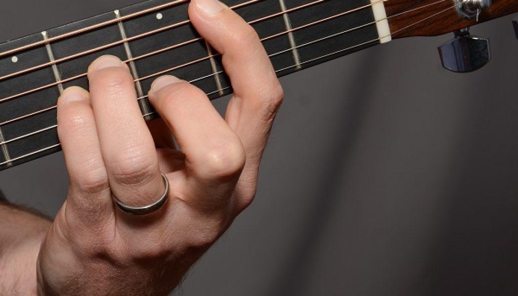 barre-chords-yallemedia